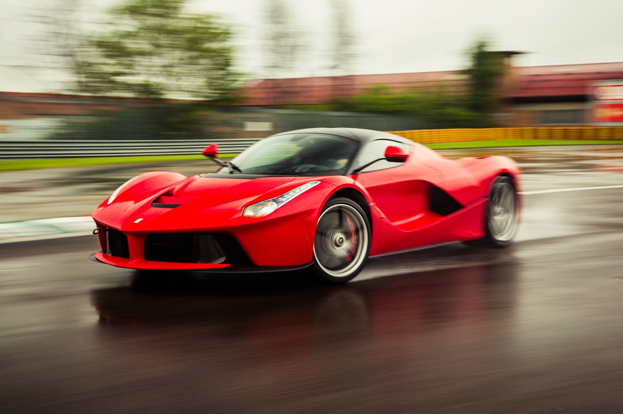 Ferrari LaFerrari Specs and Price - Exotic Car List