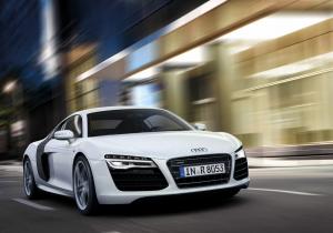 Audi R8: V8 vs V10