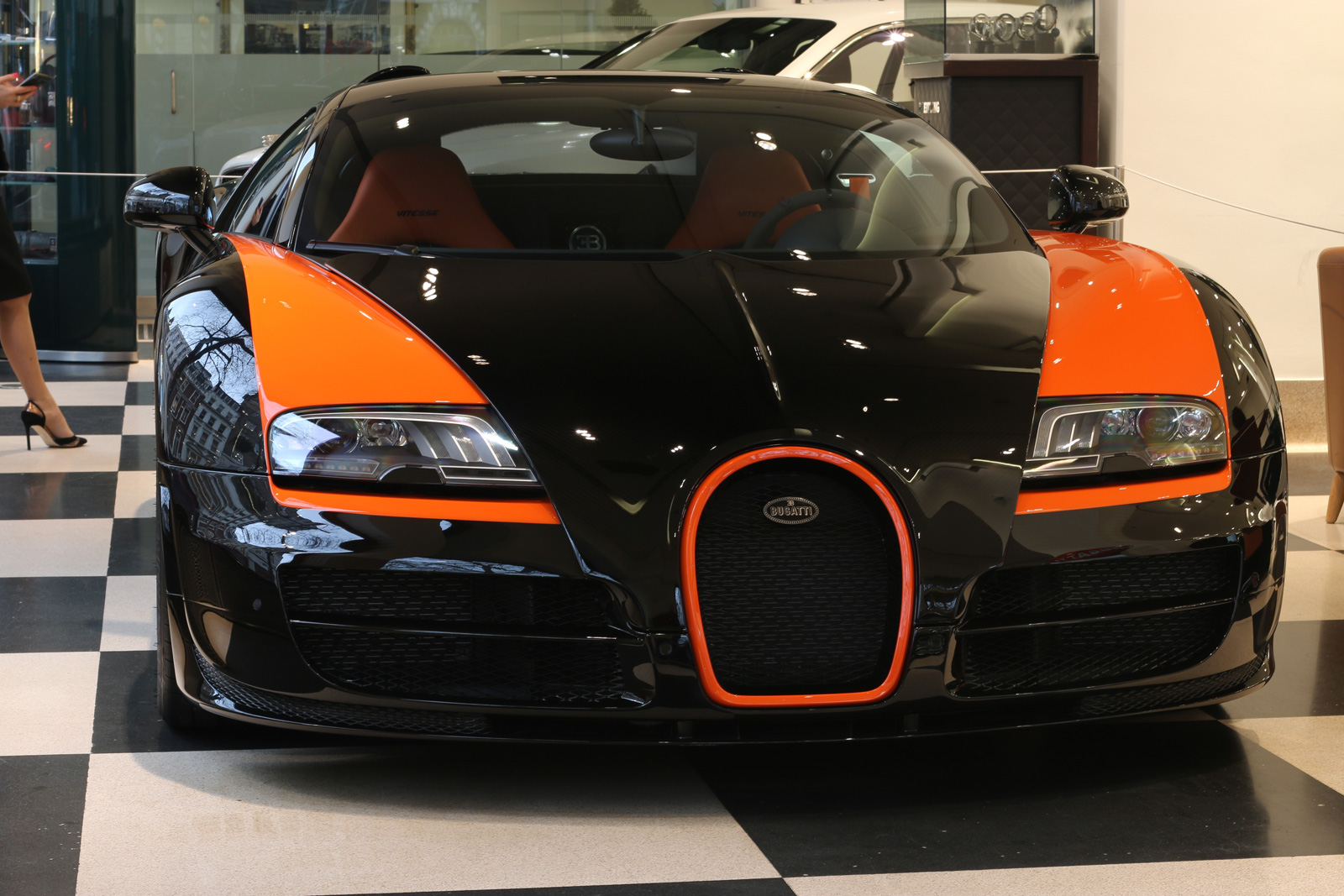 Bugatti Veyron Quot World Record Car Quot Up For Sale Exotic Car