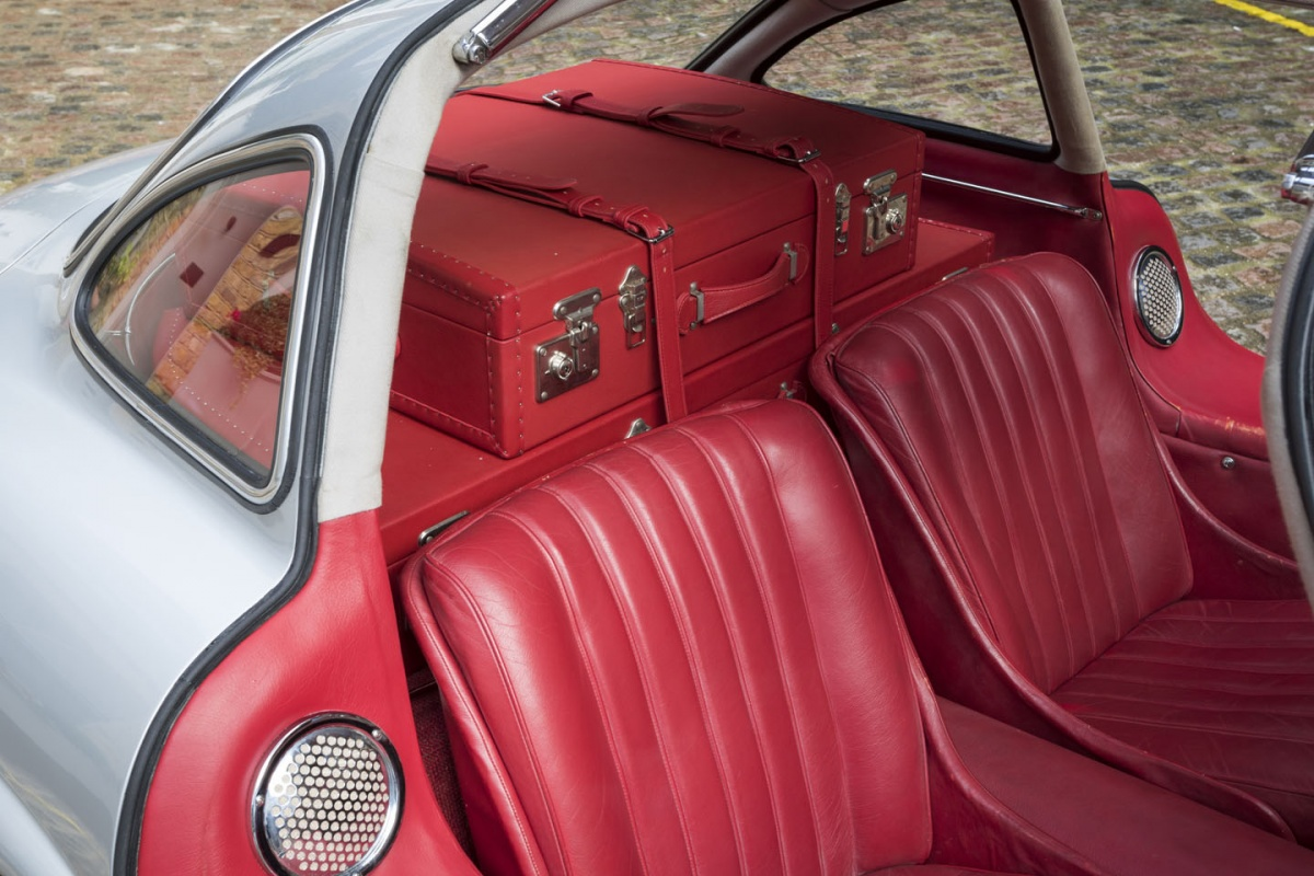 1955 mercedes benz 300sl gullwing for sale exotic car list for Mercedes benz suitcase