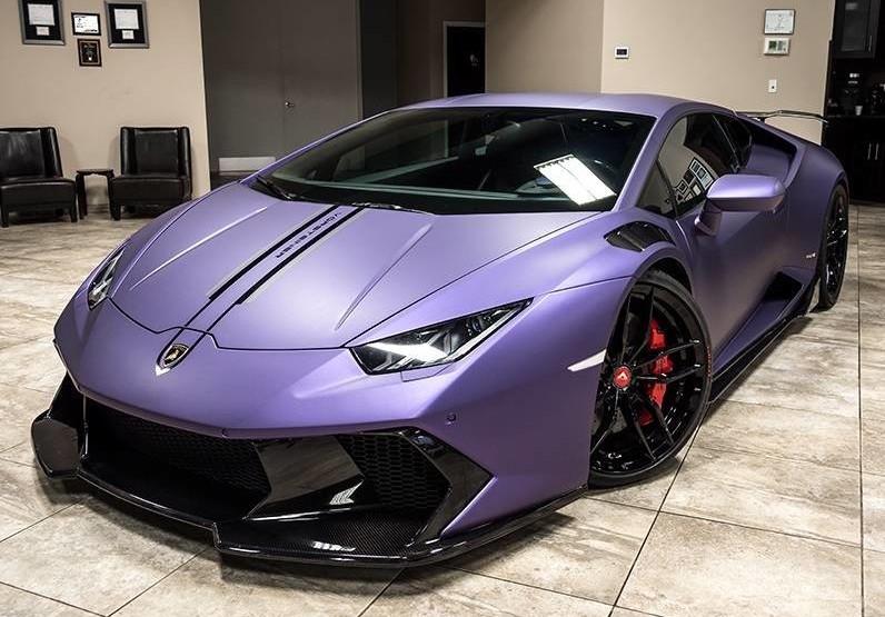 Purple huracan lamborghini