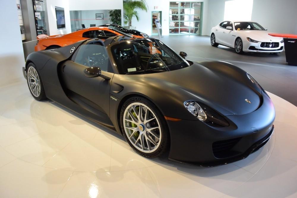Matte Black Porsche 918 Spyder