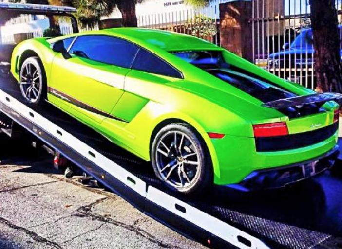Towing a Lamborghini