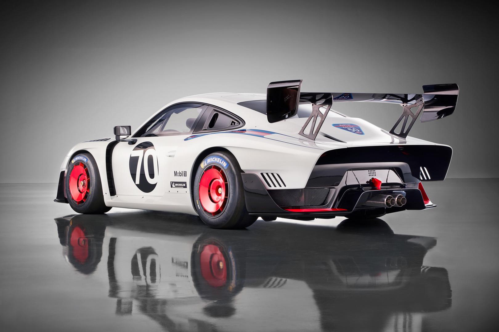 2018 Porsche 935