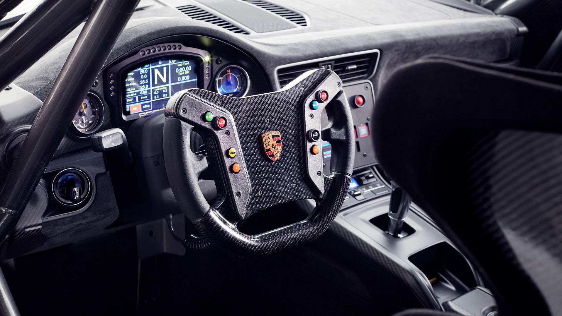 New Porsche 935 Interior