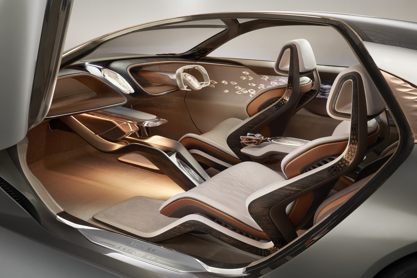 Bentley EXP 100 GT Interior