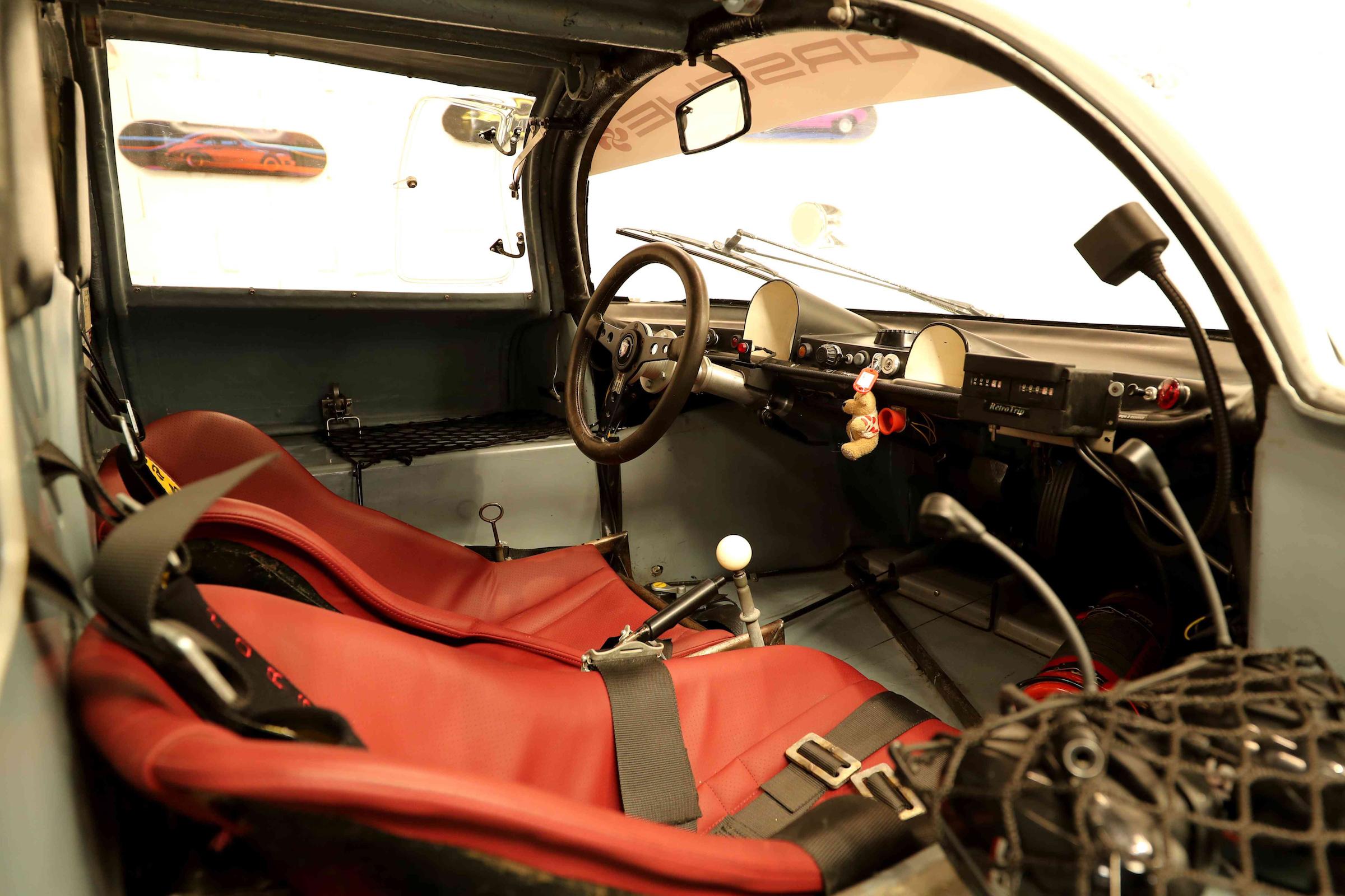 1966 Porsche 906 Interior