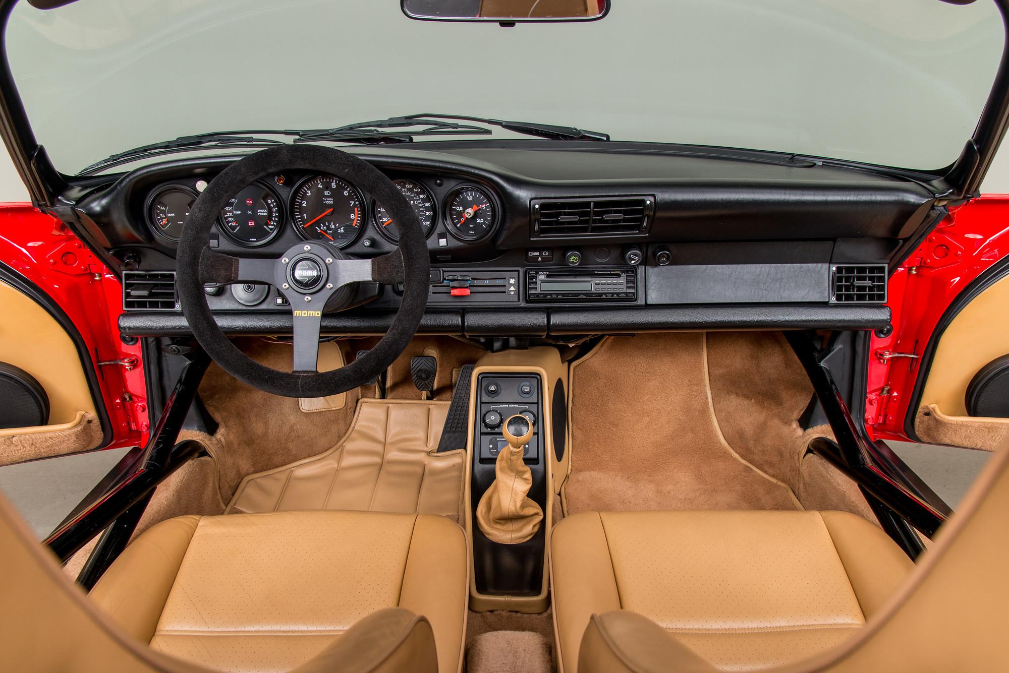 1989 Porsche 962 Twin-Turbo Speedster Interior