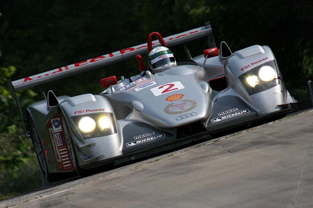Audi R8 LMP Race Car
